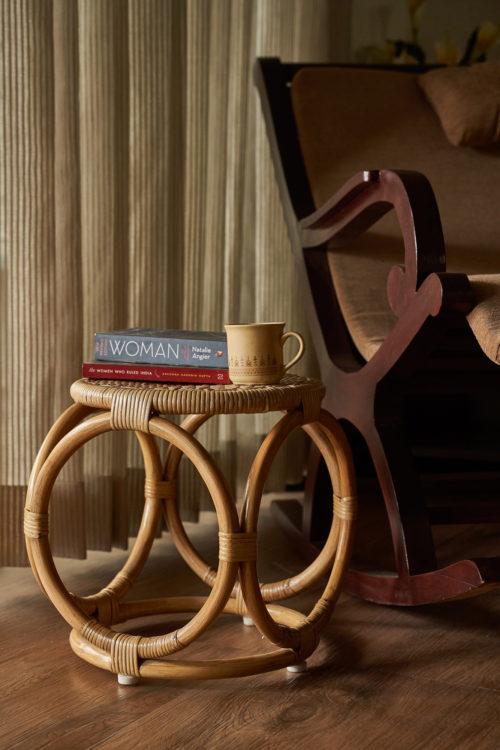 side-stool
